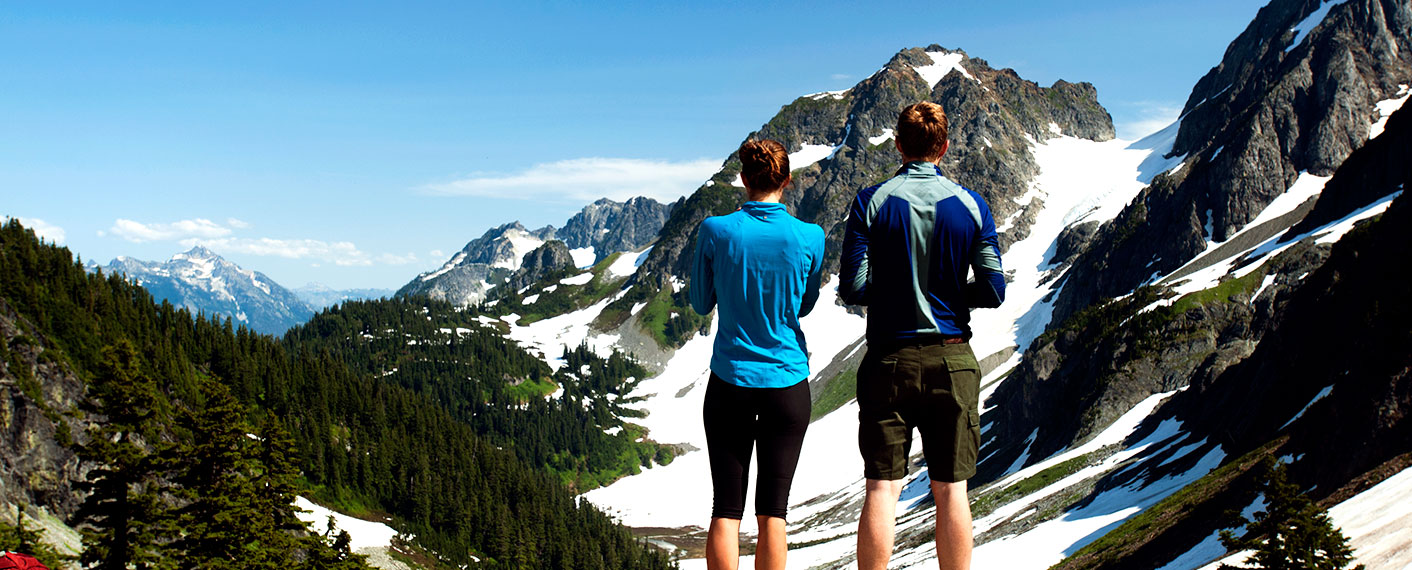 Hikers on the mountain | Plan Your Trip | North Cascades Lodge at Stehekin