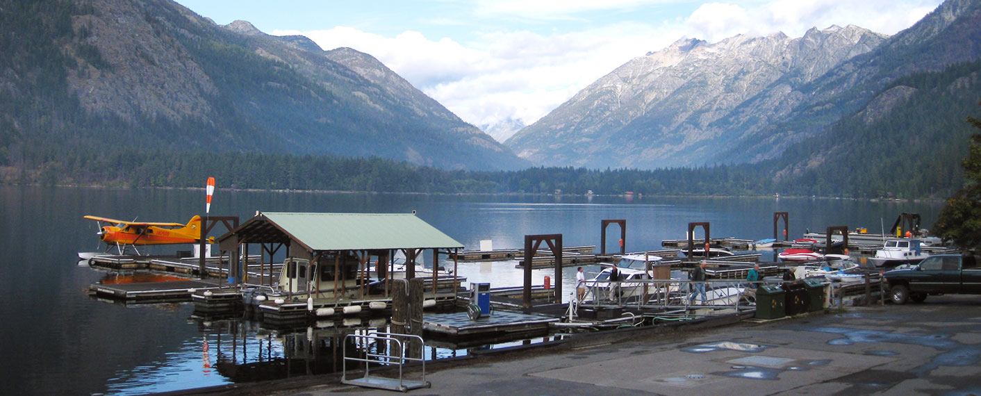 Seaplane and boats at dock | North Cascades Lodge at Stehekin