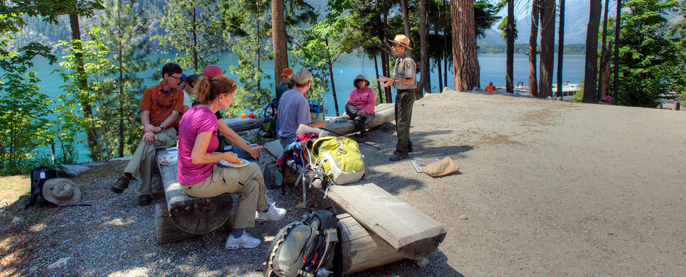 Park Ranger talking to hikers | North Cascades Lodge at Stehekin