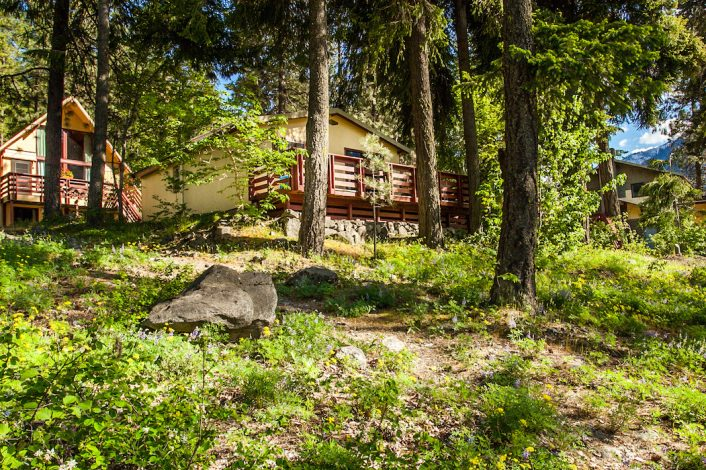 Exterior of cabins | North Cascades Lodge at Stehekin